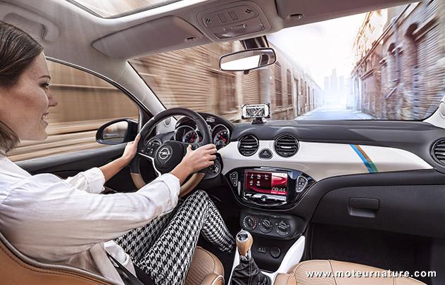 Opel Adam intérieur