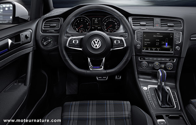 volkswagen golf gte hybride rechargeable la gti verte. Black Bedroom Furniture Sets. Home Design Ideas