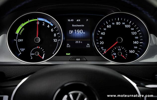 Volkswagen-eGolf-2.jpg