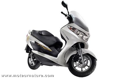 Suzuki Burgman scooter à hydrogène