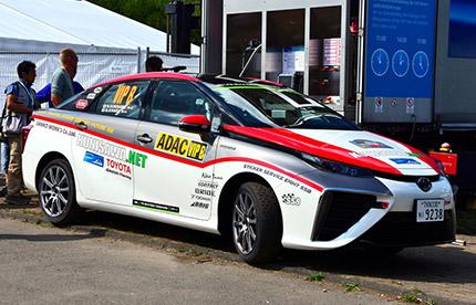 Une Toyota Mirai a participé à un rally WRC