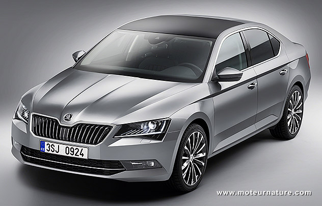 impressionnante nouvelle skoda superb. Black Bedroom Furniture Sets. Home Design Ideas