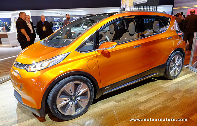chevrolet bolt l 39 lectrique pour battre tesla et nissan. Black Bedroom Furniture Sets. Home Design Ideas