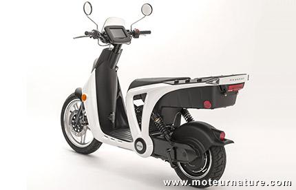 un scooter lectrique abordable le peugeot genze. Black Bedroom Furniture Sets. Home Design Ideas