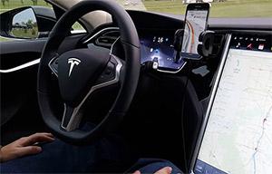 Tesla avoue que son Autopilot était un mauvais système