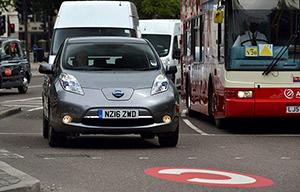 20 Nissan Leaf uberisées à Londres