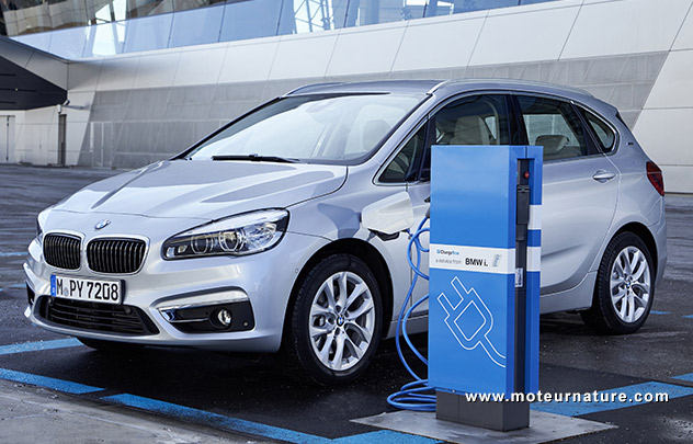 BMW 225xe hybride rechargeable