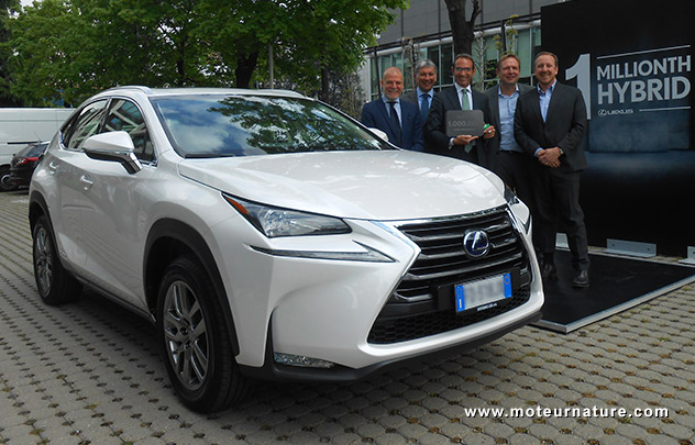 un million de Lexus hybrides