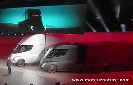 Les 2 Tesla Semi