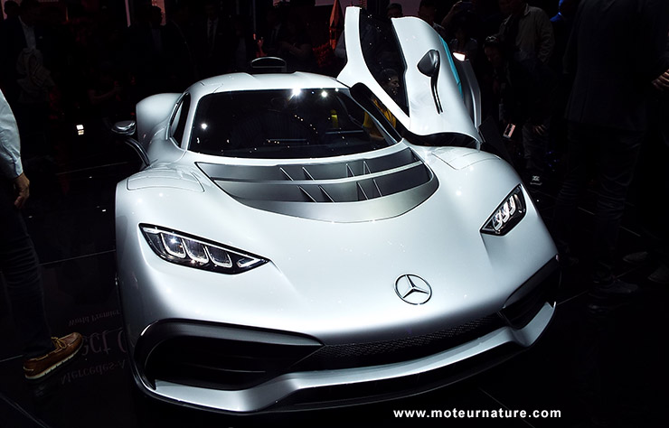 Mercedes AMG Project One Plug-in Hybride hypercar