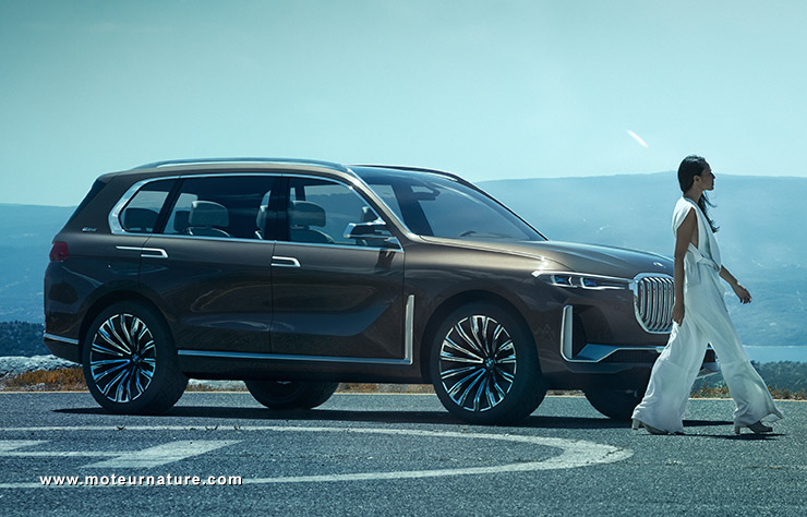 bmw x7 avec un 6 cylindres hybride rechargeable. Black Bedroom Furniture Sets. Home Design Ideas