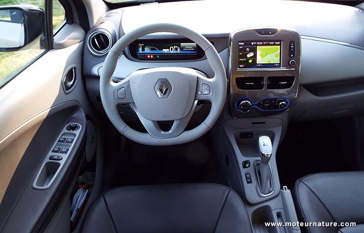 Renault zo z lectrique essai d taill for Interieur zoe