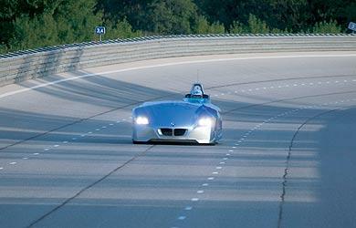 BMW H2R, l'hydrogène à 300 km/h