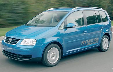 volkswagen touran hymotion ni tdi ni fsi mieux avec une pile combustible. Black Bedroom Furniture Sets. Home Design Ideas