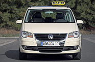 un taxi vw renouvelable a gaze. Black Bedroom Furniture Sets. Home Design Ideas