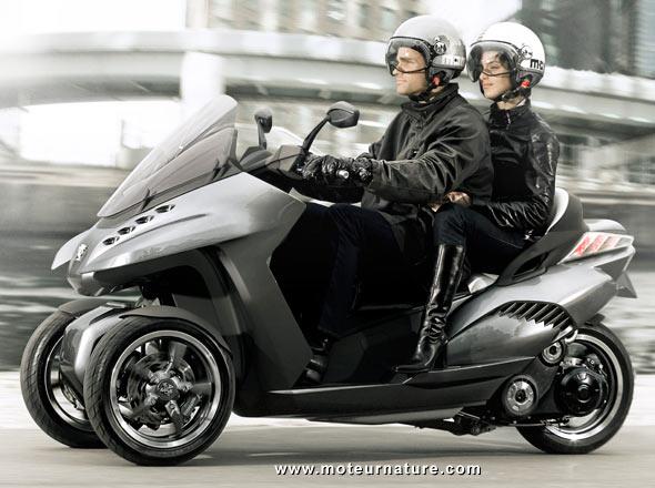 3 roues pour le scooter hybride de peugeot. Black Bedroom Furniture Sets. Home Design Ideas