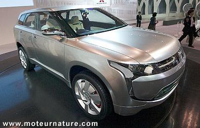 Reportage sur les voitures écologiques au salon de l'auto de Tokyo