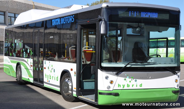des autobus hybrides au gaz madrid. Black Bedroom Furniture Sets. Home Design Ideas