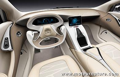 Mercedes F800 hybride hydrogène