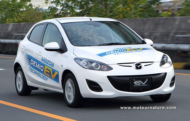 Mazda-2-electrique