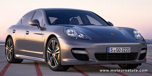 Incroyable Porsche Panamera Turbo S