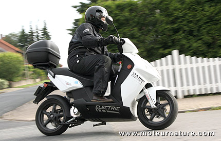 Govecs Go S 3.4 electric scooter
