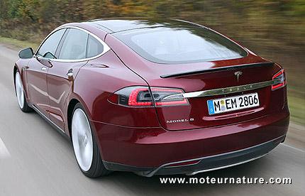 La Tesla modèle S est arrivée en Europe