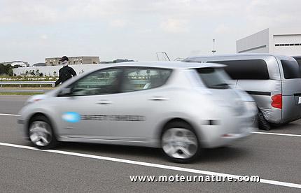 Système autonomue de direction d'urgence Nissan