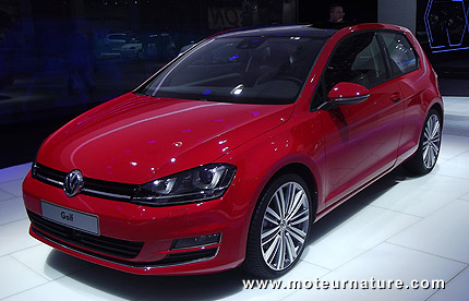 2013 Volkswagen Golf at the Paris motor show