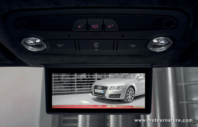 Audi rear-view mirror without a mirror