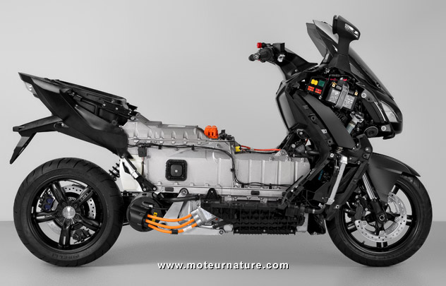 bmw c evolution un maxi scooter lectrique qui promet. Black Bedroom Furniture Sets. Home Design Ideas