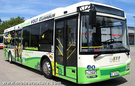 un autobus lectrique eurabus d 39 euracom kreis pinneberg. Black Bedroom Furniture Sets. Home Design Ideas
