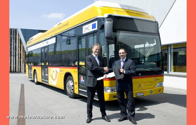 Autobus Mercedes à pile à combustible
