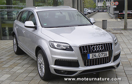 audi a valid le q7 hybride rechargeable. Black Bedroom Furniture Sets. Home Design Ideas