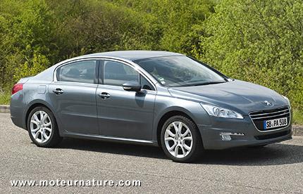 Peugeot améliore l'efficacité de ses 3008 et 508 Hybrid4