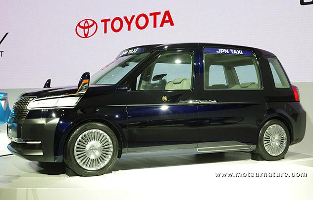 Toyota taxi hybride GPL concept