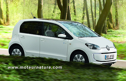 Volkswagen e-up!, livrée avec 2câbles de série