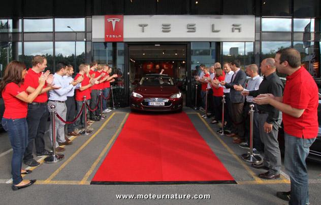 La première Tesla Model S livrée en Europe
