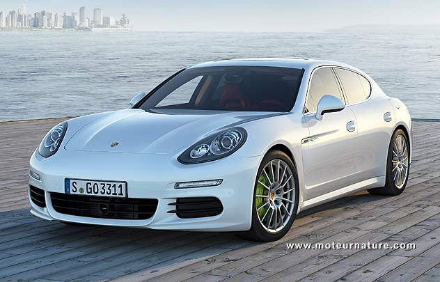 porsche panamera s e hybrid le haut de gamme rechargeable. Black Bedroom Furniture Sets. Home Design Ideas